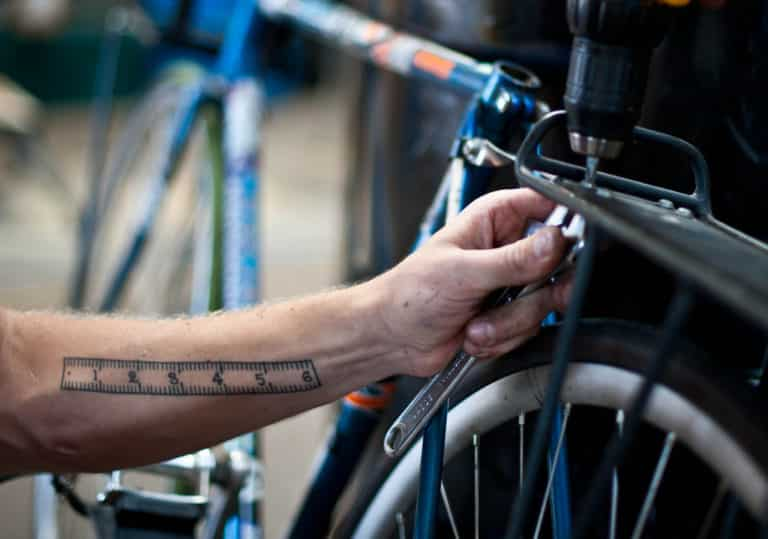 4 Best Bike Repair Stands To Use At Home 2021 | Reviews