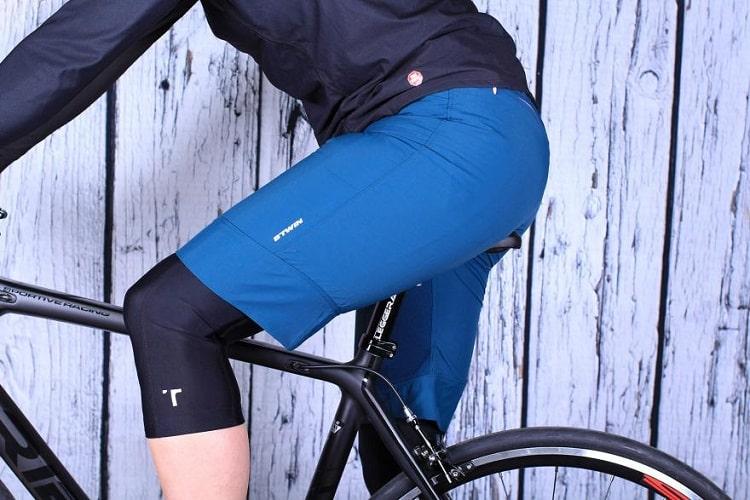 Man Wearing Shorts Over Bike Shorts