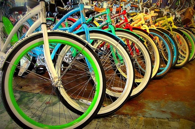 Cruiser Bikes Wide Tires