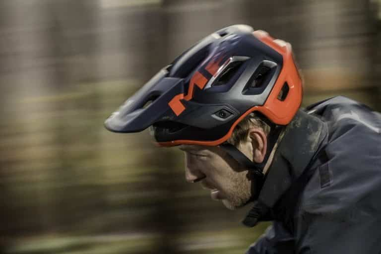 Best MTB Helmets Reviews 2021 – Top Options for Mountain Biking