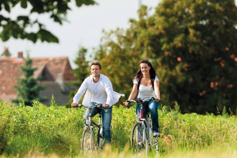 Women vs Men Bikes: 12 Key Differences