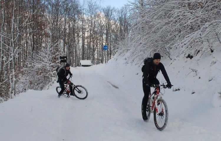how safe is bike on snow