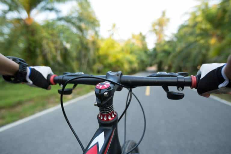 Riding Mountain Bike on Road : Do's and Don'ts