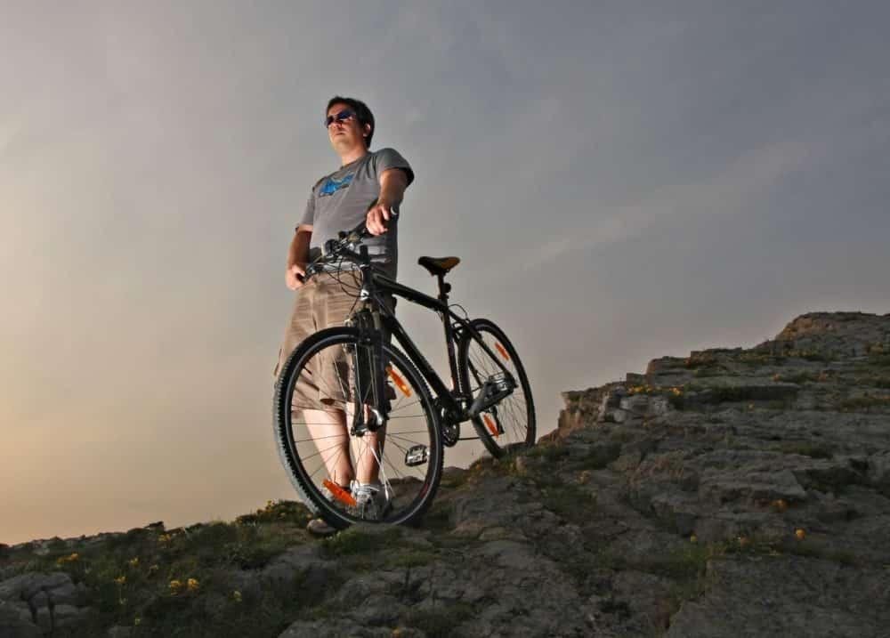 Should I buy a mountain bike or hybrid